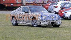 La nuova BMW Serie 2 Coupé 2021, foto spia