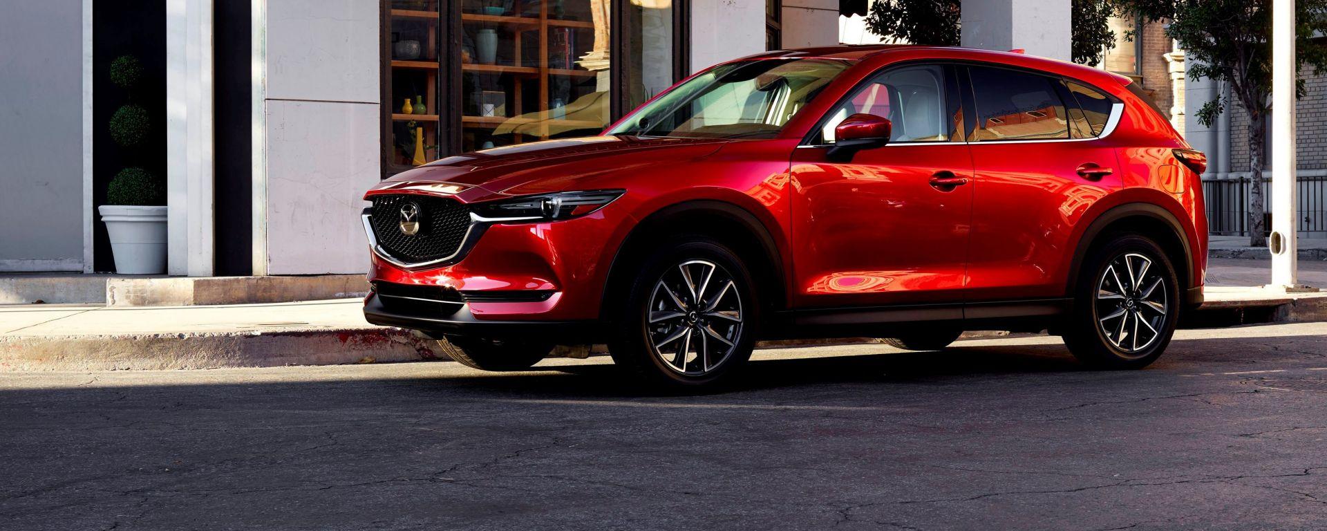 La nuova Mazda CX-5 debutta al salone di Los Angeles