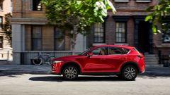 La nuova Mazda CX-5: vista laterale