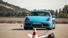 La nuova Porsche Cayman a 4 cilindri
