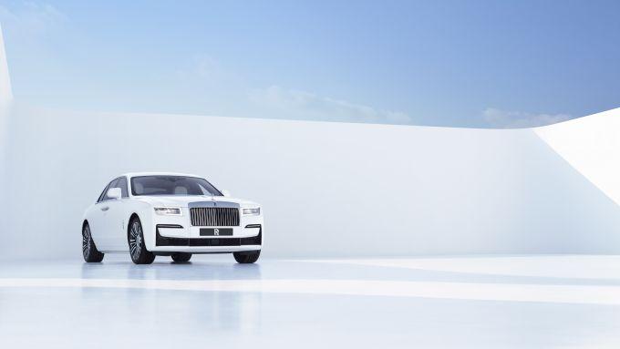La nuova Rolls-Royce Ghost cresce di 89 mm in lunghezza e 30 mm in larghezza