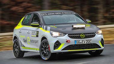 La Opel Corsa-e Rally impegnata nei test a Dudenhofen