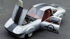 La Opel Electro GT guidata da Georg von Opel