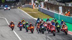 La partenza del GP Catalunya 2019 della classe MotoGP