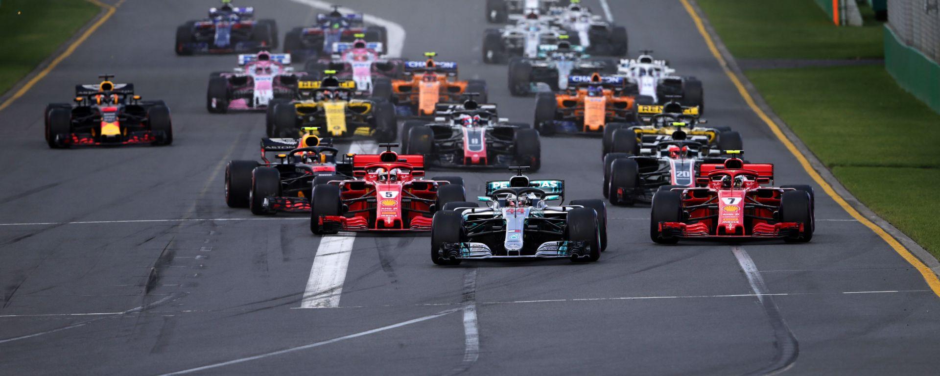 La partenza del Gran Premio d'Australia F1 2018