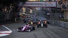 La partenza della F2 Sprint Race