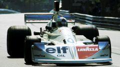 La pilota italiana Lella Lombardi in gara