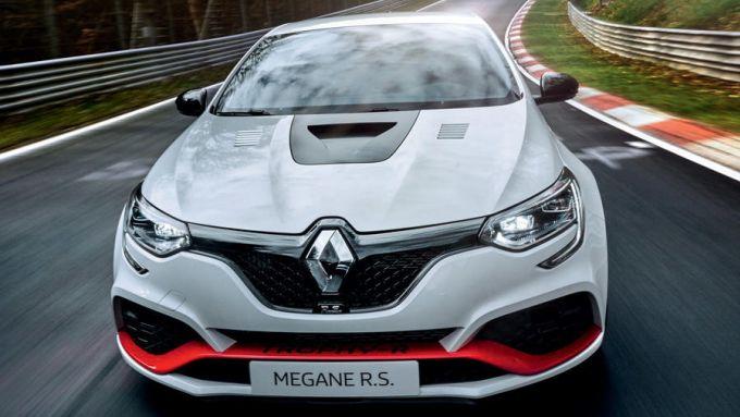 La Renault Megane RS alla conquista del record al Nurburgring