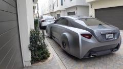La Rolls-Royce Wraith customizzata, vista di 3/4 posteriore