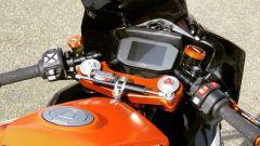 La strumentazione della KTM 1290 Super Duke R montata sulla RC 1290 R