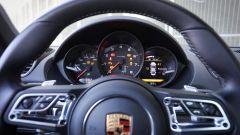 La strumentazione della Porsche 718 Cayman