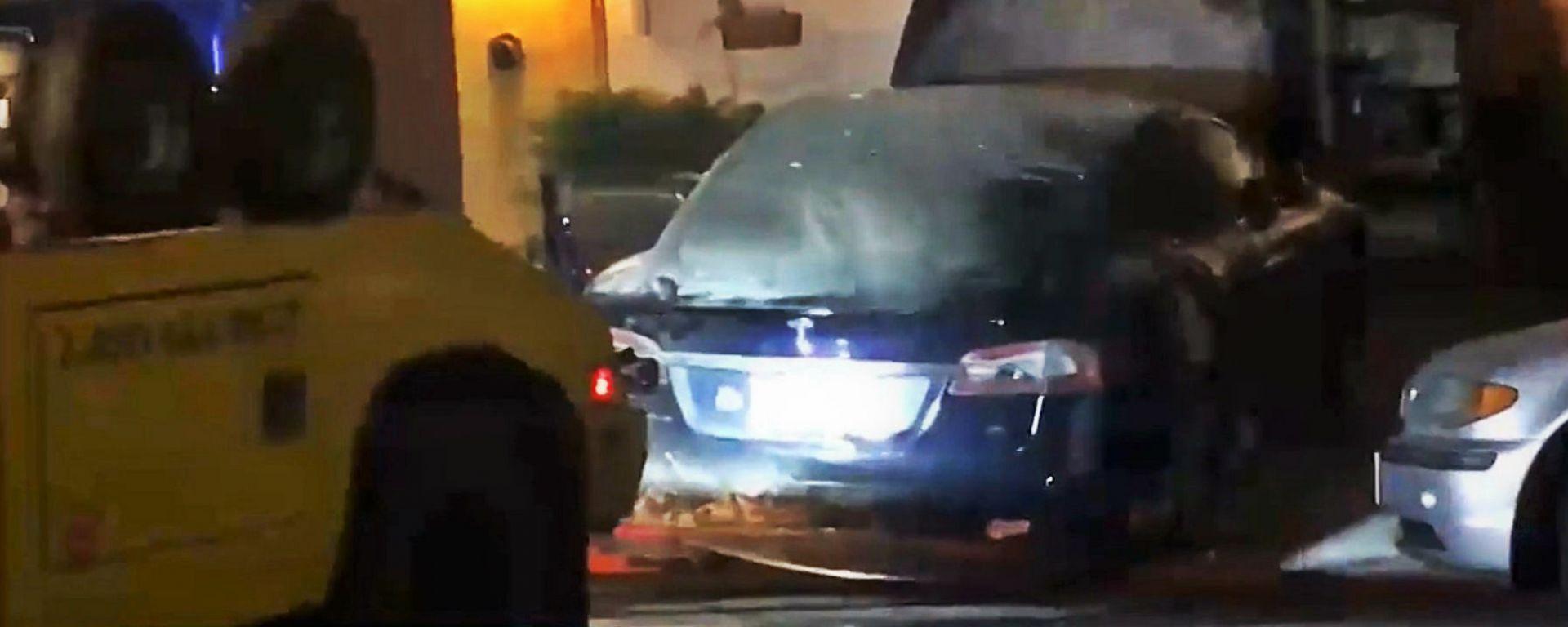 La Tesla Model S andata a fuoco nel garage di San Francisco