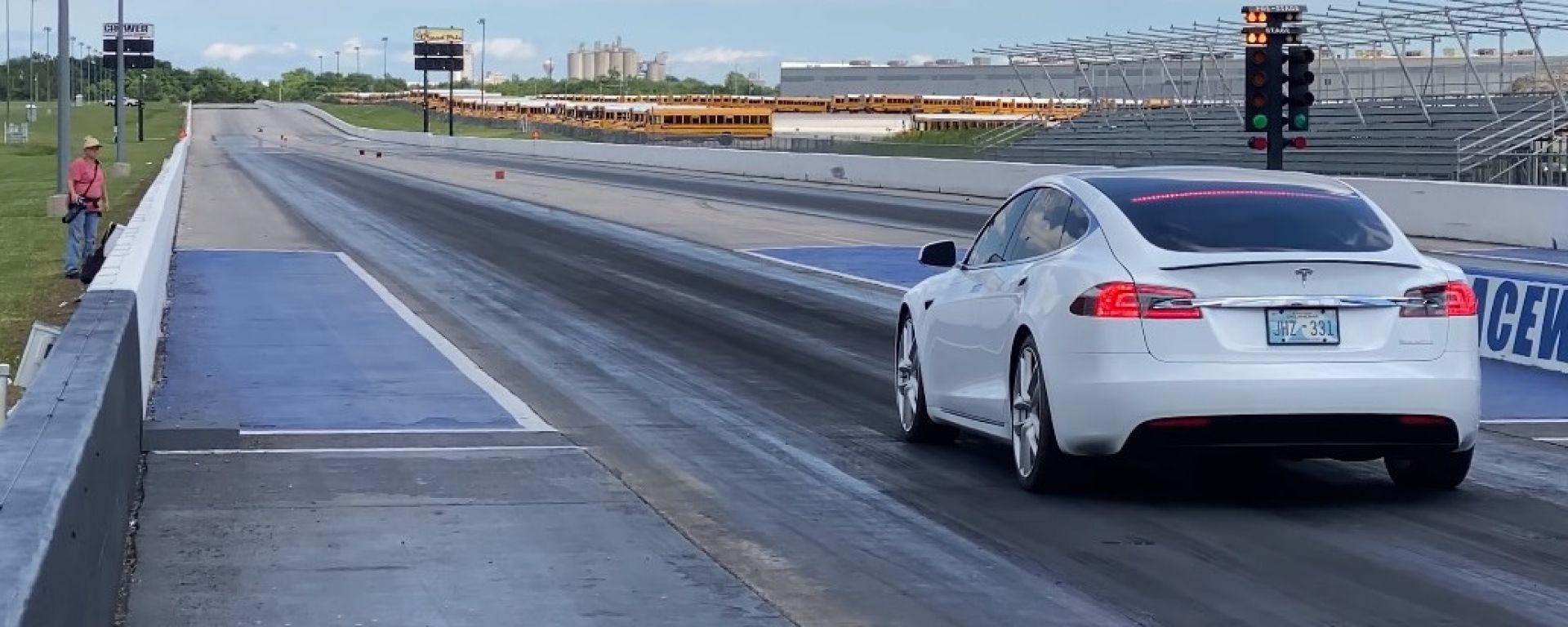 La Tesla Model S P100D che ha stabilito il tempo di 10,452 secondi sul 1/4 di miglio