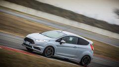 La trazione è anteriore e la dinamica di guida è impressionante - Ford Fiesta ST200