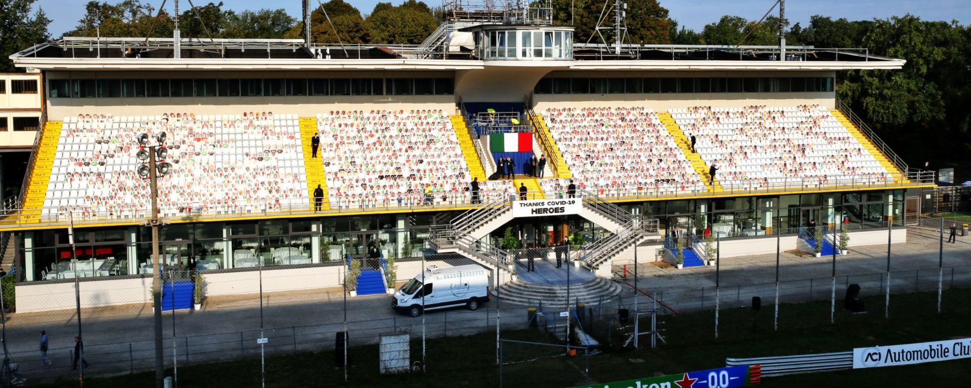 La tribuna centrale dell'Autodromo di Monza