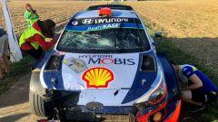 La vettura di Dani Sordo dopo l'incidente