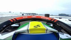 La vista dalla Formula E durante la drag race