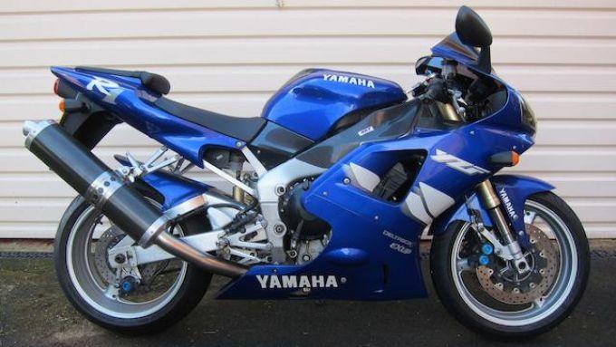 La Yamaha R1 del 1999