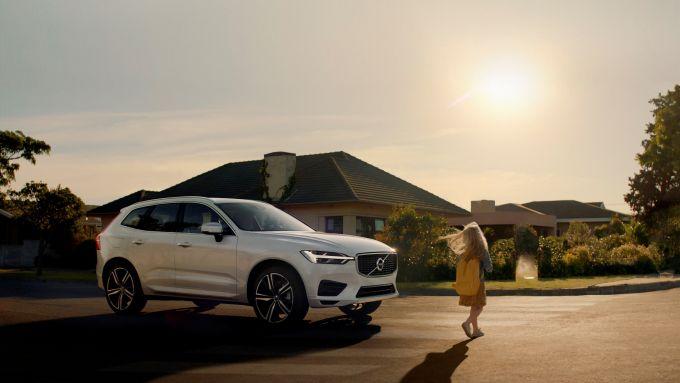 L'ABS, le auto limitate a 180 km/h... Volvo e le sue attenzioni alla sicurezza