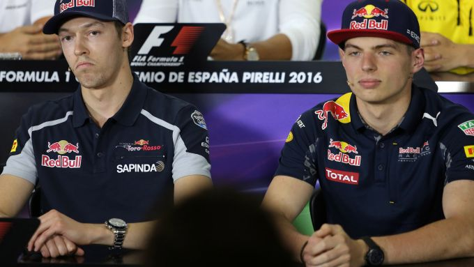 L'altro clamoroso scambio tra Red Bull e Toro Rosso: Verstappen al posto di Kvyat a Barcellona 2016