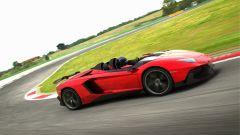 Lamborghini Aventador J: ecco come l'hanno fatta - Immagine: 18