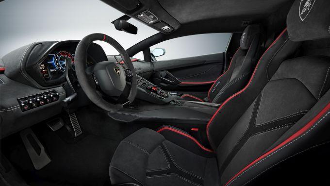 Lamborghini Aventador LP 780-4 Ultimae: l'abitacolo