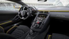 Lamborghini Aventador S: l'abitacolo