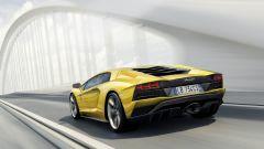 Lamborghini Aventador S: ora i cavalli sono 740