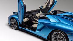 Lamborghini Aventador S Roadster: 740 CV a cielo aperto - Immagine: 12