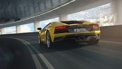 Lamborghini Aventador S: vista 3/4 posteriore