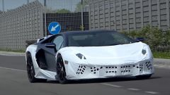 Lamborghini Aventador SJ, strani avvistamenti. Il video spia - Immagine: 2