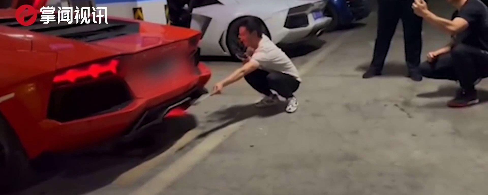 Lamborghini Aventador vs kebab: vincerà il kebab