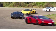 Lamborghini Centenario e Lamborghini Aventador sul circuito di Nardò