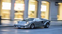 Lamborghini Countach 25th Anniversary, vista 3/4 anteriore