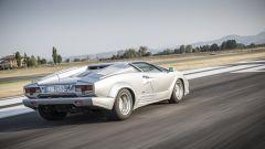 Lamborghini Countach 25th Anniversary, vista 3/4 posteriore
