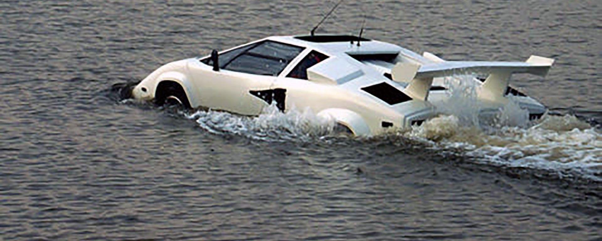 Lamborghini Countach anfibia