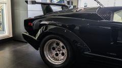 Lamborghini Countach: il motore eroga 455 CV