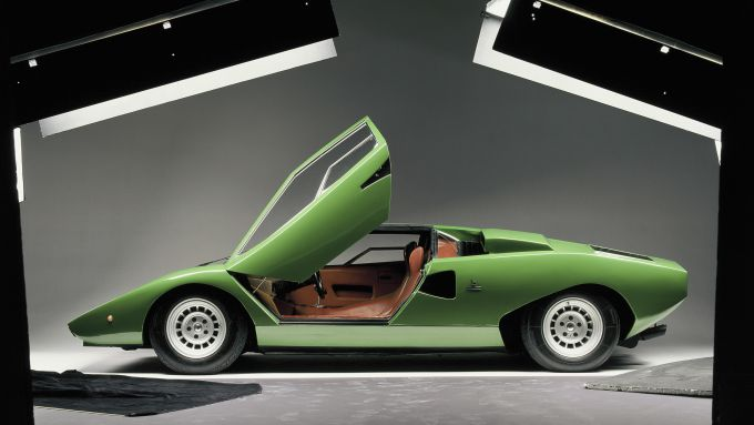 Lamborghini Countach: la prima serie non aveva lo spoiler frontale