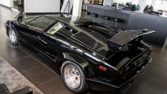 Lamborghini Countach: l'imponente posteriore con l'alettone