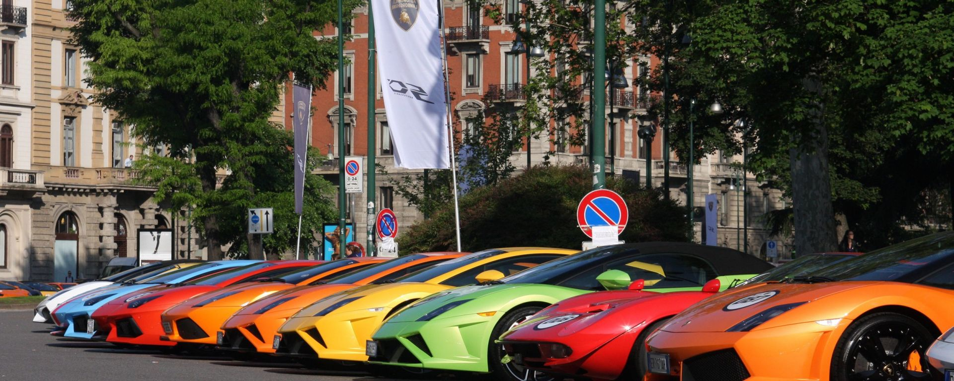 Grande Giro Lamborghini: nuove foto dal via