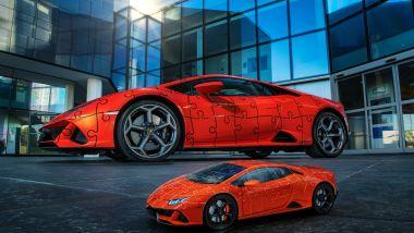 Lamborghini Huracan Evo: auto vera e puzzle 3D di fianco
