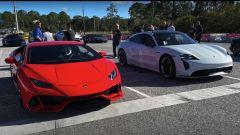 Porsche Taycan vs Lamborghini Huracan: la drag race in video