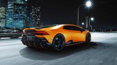 Lamborghini Huracan EVO Fluo Capsule, finiture in colore anche sull'estrattore