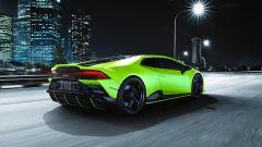Lamborghini Huracan EVO Fluo Capsule, la verniciatura esterna è bicolore