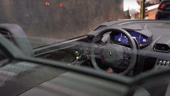Lamborghini Huracan Evo RWD Aperta: interni, l'abitacolo senza parabrezza né finestrini