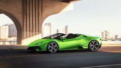 Lamborghini Huracan Evo Spyder: senza il tetto è ancora più bella - Immagine: 15