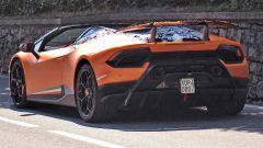 Lamborghini Huracàn Performant Spyder: vista posteriore
