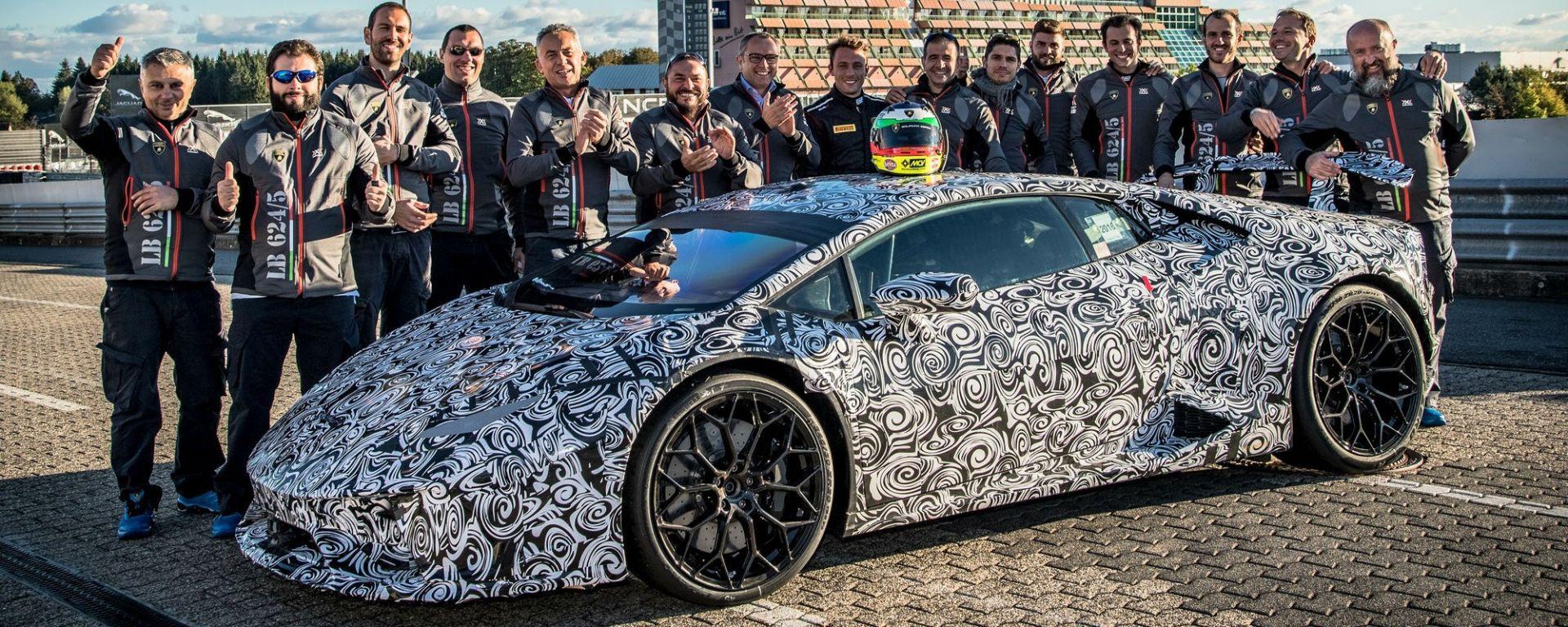 Lamborghini Huracan Performante fa il record al Nurburgring: il trionfo del lavoro di squadra