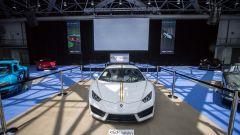 Lamborghini Huracan RWD: all'asta la baby Lambo di Papa Francesco - Immagine: 2