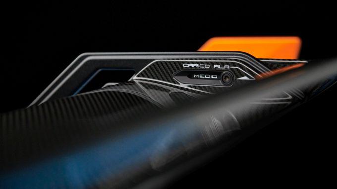 Lamborghini Huracan STO: la regolazione dello spoiler posteriore